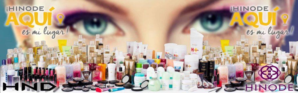 Mirada de mujer viendo productos